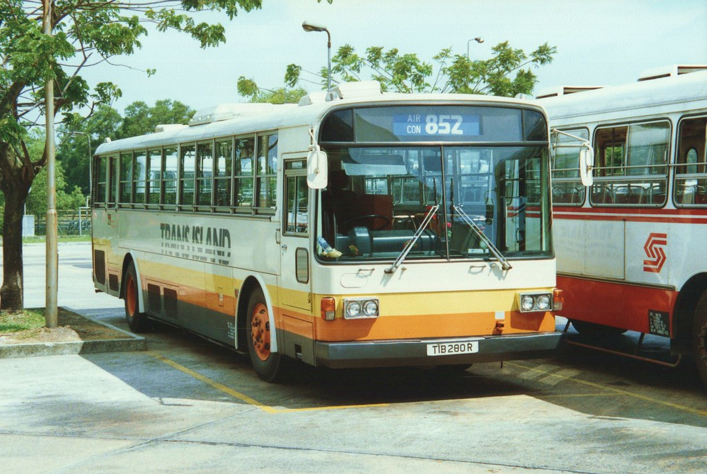 Singapore Buses 4 25 October 1989 Singapore A Nissan
