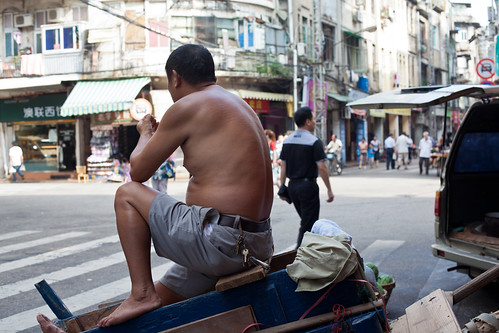 street photo in Xiamen old city | by woOoly