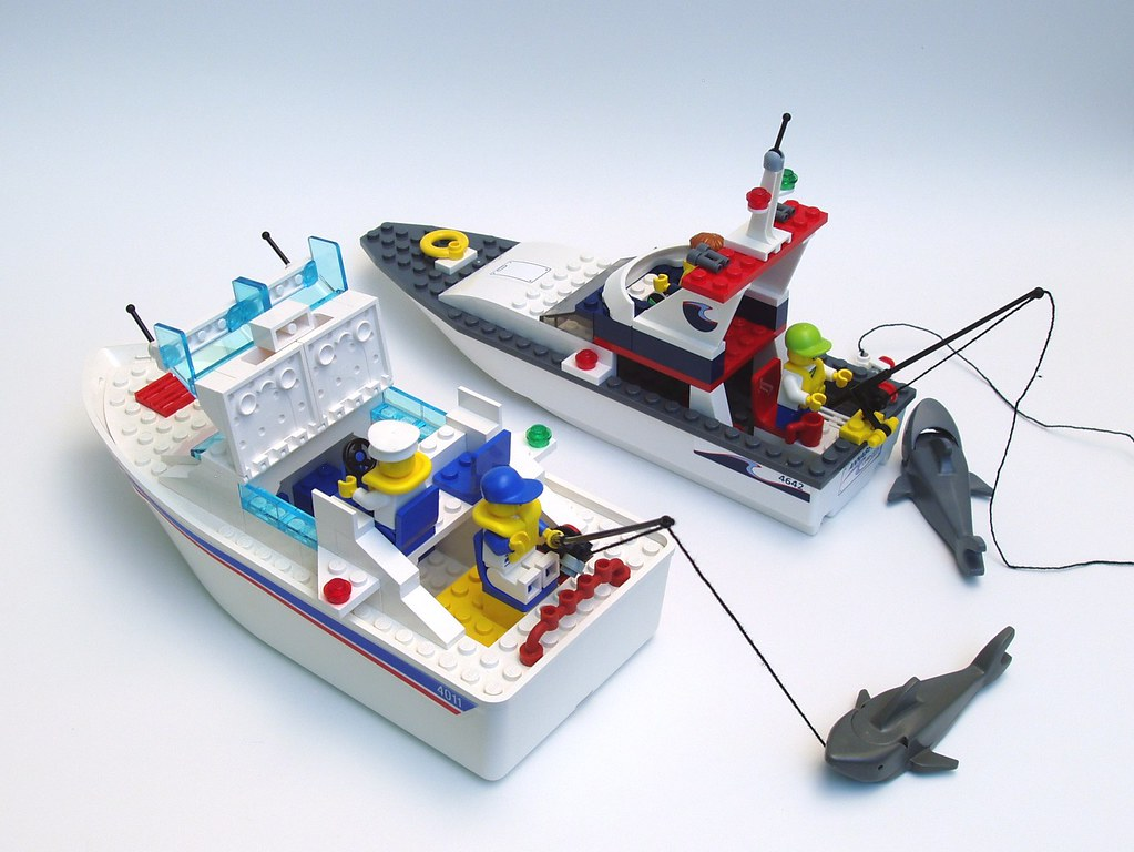 Rc Cruiser Boats With 6048568932 On Diy Cabin Cruiser Plans Guide As Well  3d Printed Ship