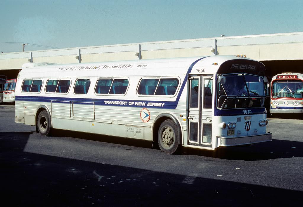 Subarban >> TNJ 7650 Suburban Express w 8V71 Mel Benero Pic | I truly th… | Flickr