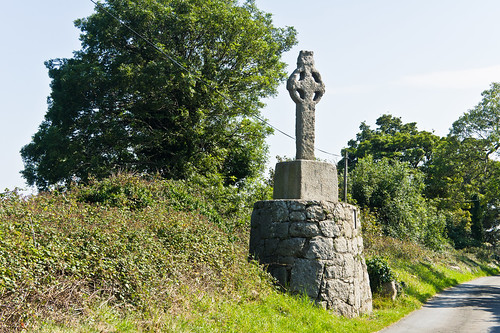 Ancient Cross Near Tully Church | by infomatique