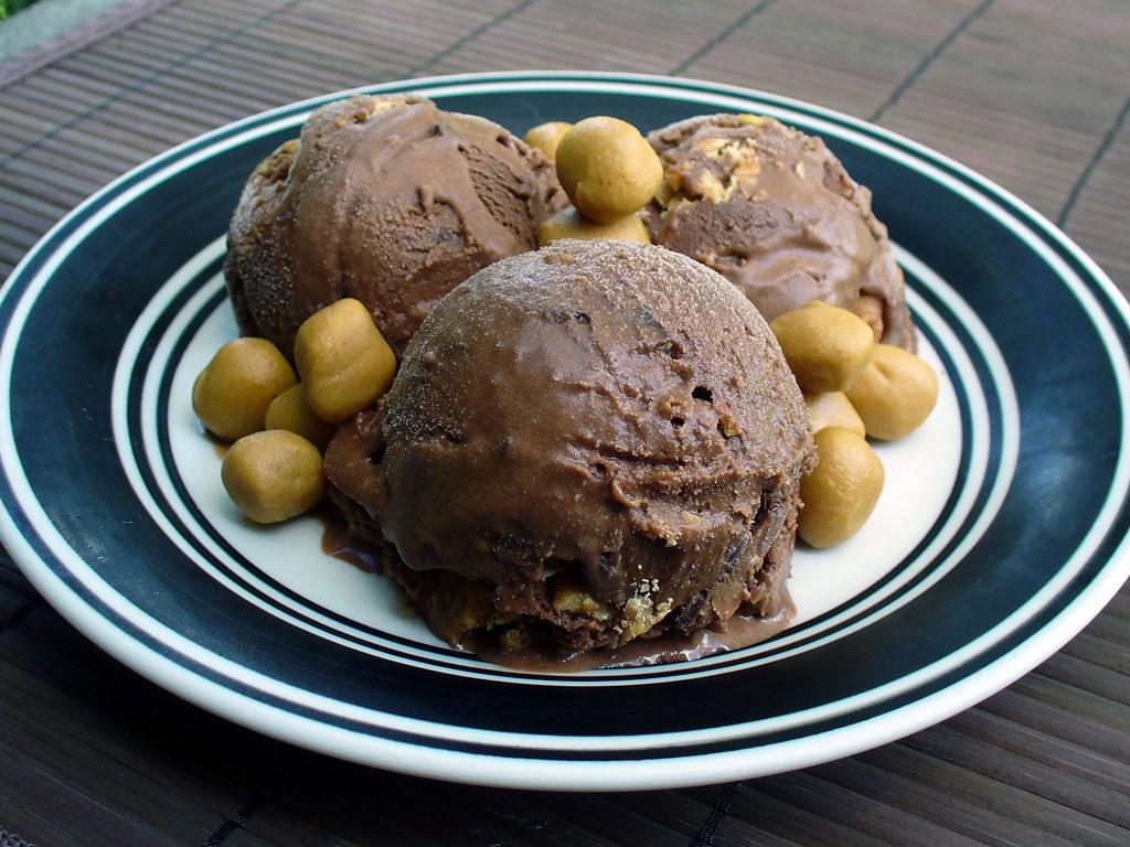 Homemade Peanut Butter Tandy Cake Recipe