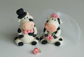 cow wedding cake toppers uk and groom friesian cow wedding cake topper visit 13034