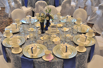 Table setting | by DiamondEvents Table setting | by DiamondEvents & Table setting | Silver Chargers White embroidered overlay u2026 | Flickr