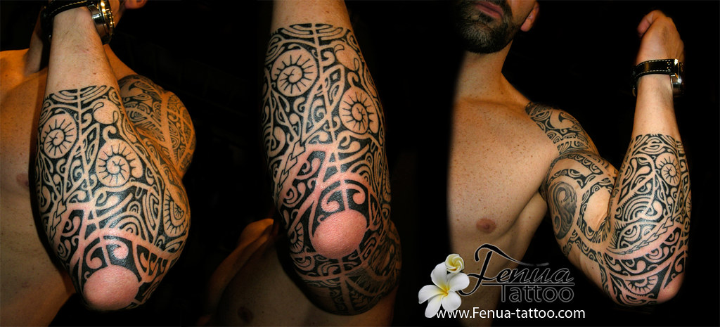 tatouage de bras polynesien par tahiti tattoo dans le var. Black Bedroom Furniture Sets. Home Design Ideas