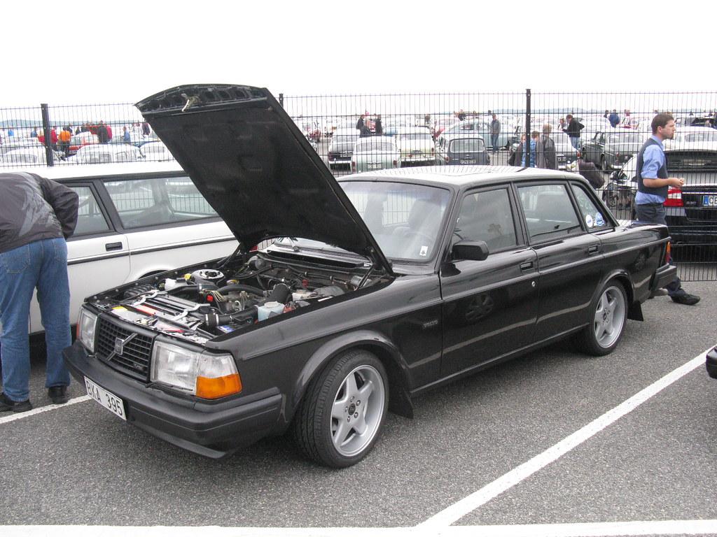Volvo 240 Turbo | nakhon100 | Flickr