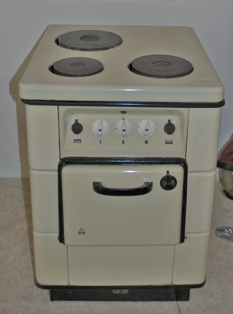 Cooker On The Kitchen Island