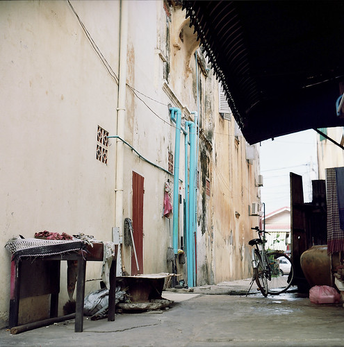 Siem Reap Alley | by 【 ken 】