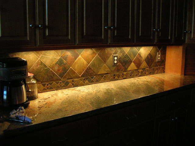 Kitchen backsplash 4 slate tile on point flickr photo sharing Kitchen backsplash ideas pictures 2010
