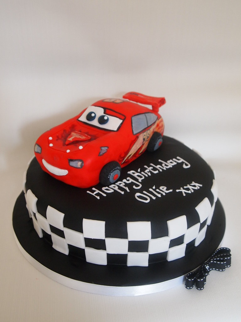 Goldilocks Cake Cars Design : Lightning McQueen cake Lightning moulded from rice ...