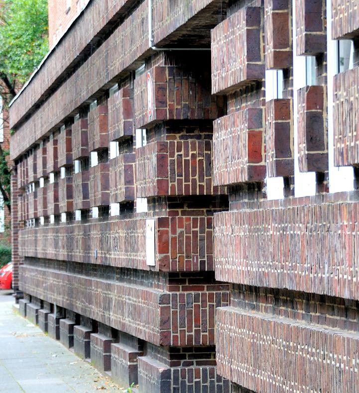 9422 backsteinfassade in der stammannstrasse jarrestadt. Black Bedroom Furniture Sets. Home Design Ideas