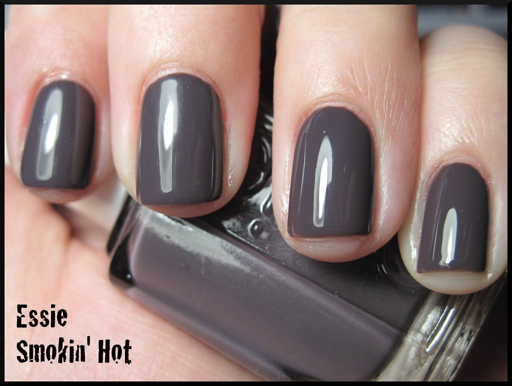 Essie Smokin\' Hot | Two coats with SV, under an OTT lamp. | Bonnie ...
