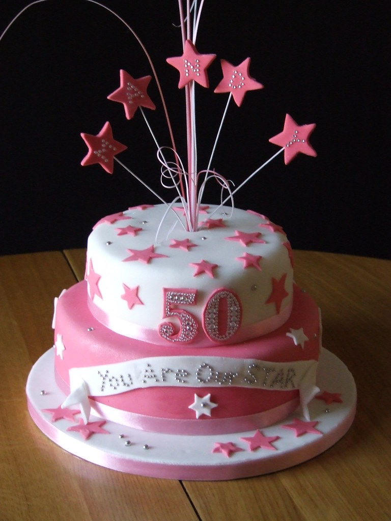 50th Birthday Star Cake This Looked Better In The Flesh Th Flickr
