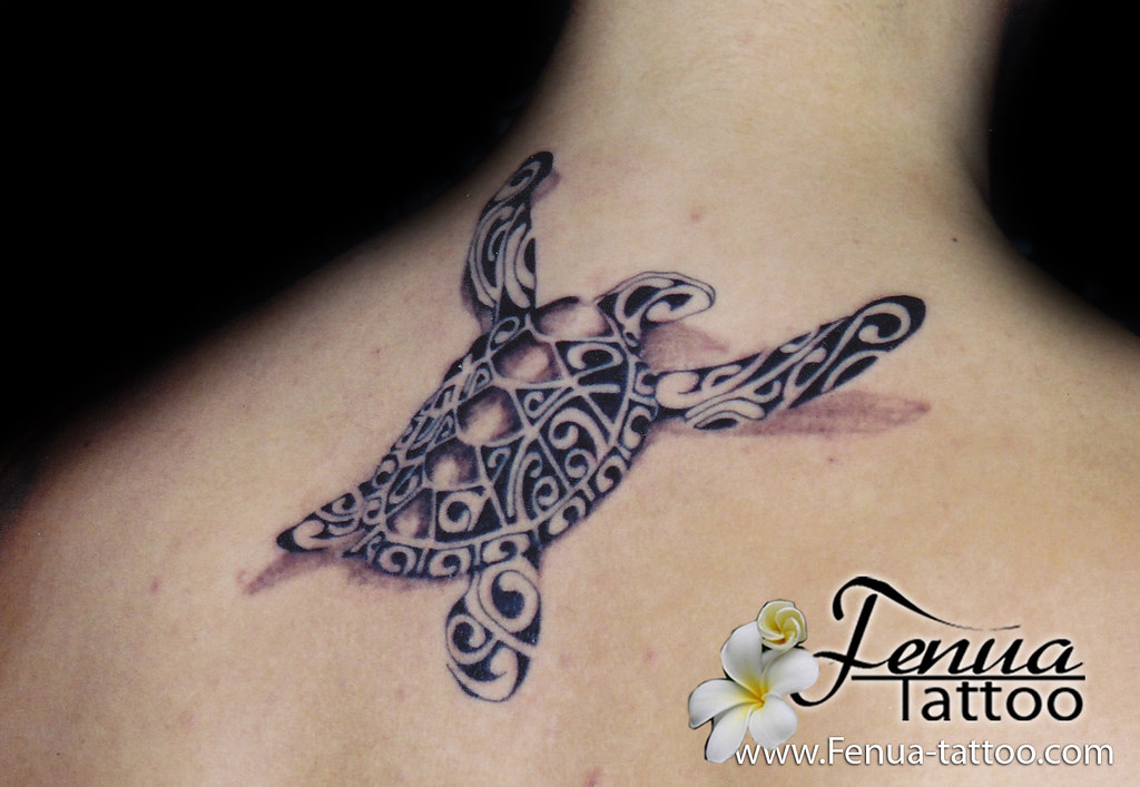 tatouage de tortue polynesienne par tahiti tattoo dans le. Black Bedroom Furniture Sets. Home Design Ideas