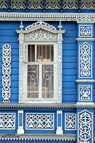 Gorodets. This house is Museum of samovars | by gráce