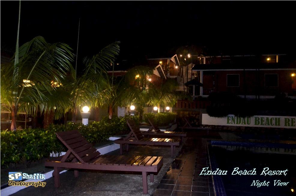 Endau Beach Resort Night chuckiesd Flickr