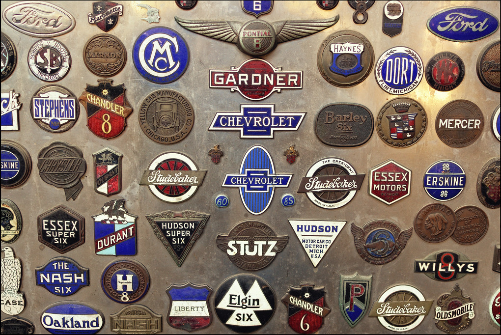 vintage automotive radiator badges | Lee Roy Hartung ... American Vintage