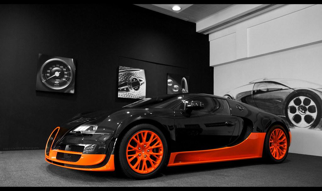 bugatti veyron in singapore bugatti veyron in singapore 39 baby blue 39 bugatti chiron visits. Black Bedroom Furniture Sets. Home Design Ideas