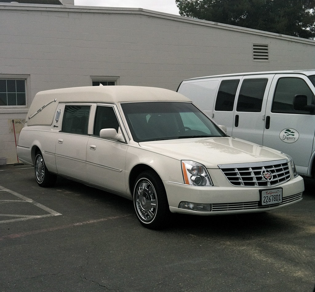 2011 Cadillac SampS Masterpiece Hearse SCI Cluster Sacra