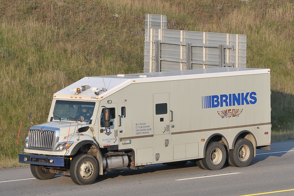 brinks 07500 international armoured armored car truck otta