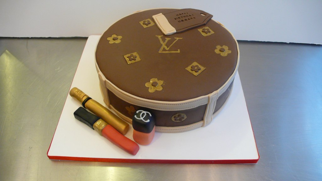 Lv Birthday Cake Louis Vuitton Cake With Ysl And Chanel Ma Flickr