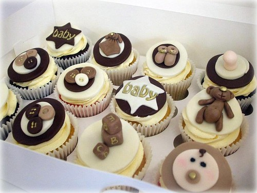 Baby Shower Cupcake Ideas Neutral : Baby shower cupcakes - unisex These were made for a baby ...