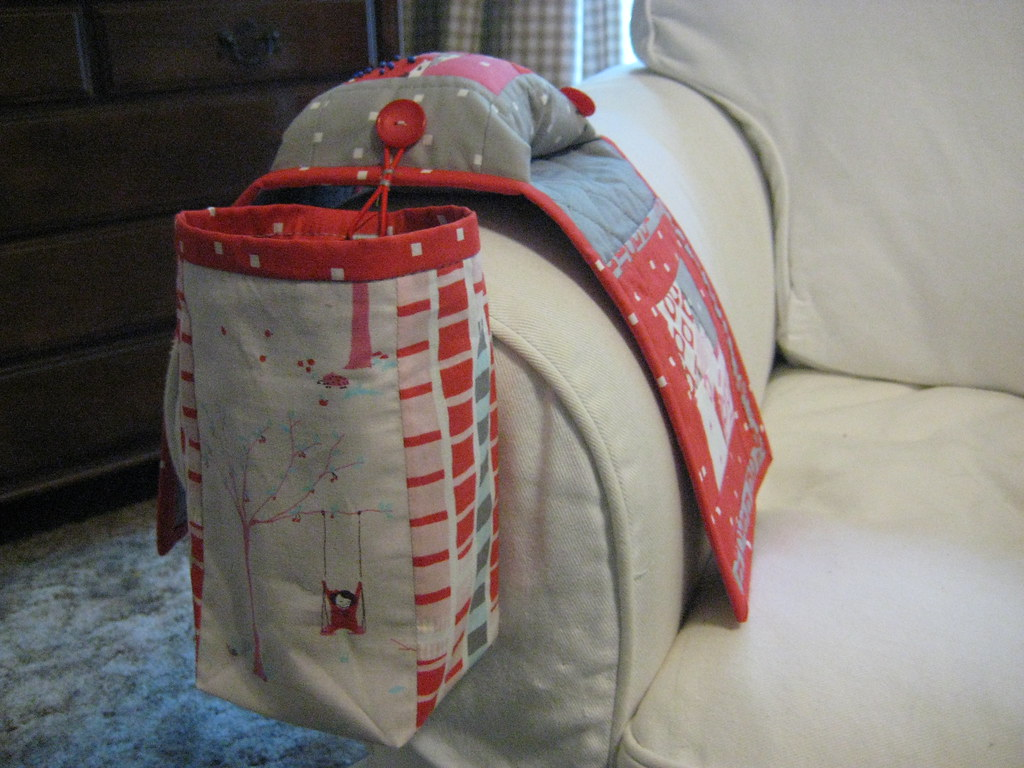 Little Pips Sewing Caddy With Thread Holder And Clips Catc