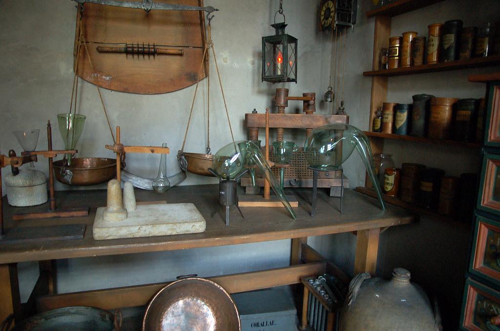 alchemist lab pharmazie historisches museum basel ilovebutter
