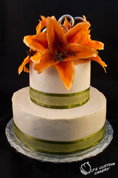 tiger lily wedding cake tiger wedding cake chocolate cake with vanilla 21004