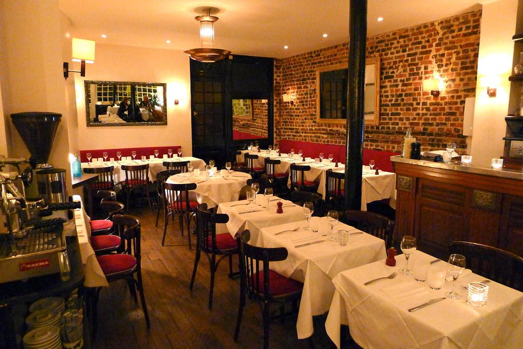 Restaurant Le Sainte Saint Etienne De Tulmont Tarn Et Garonne