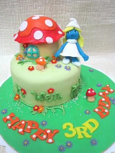 Smurfette Cake Pan