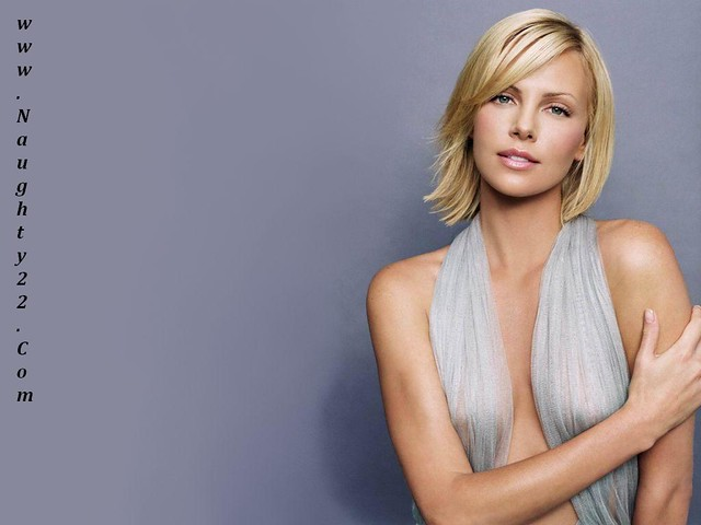 Charlize Theron Dirty   Short Hairstyle 2013 Charlize Theron Weight