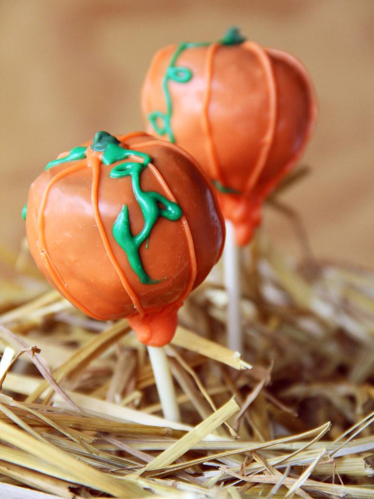 Pumpkin Decorated Cake Pops