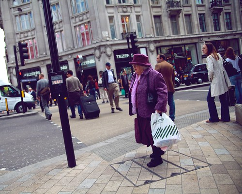 Miss Purple (Miss Marple'sister) prefers to make her shopping on Monday :-) | by Pierre Mallien