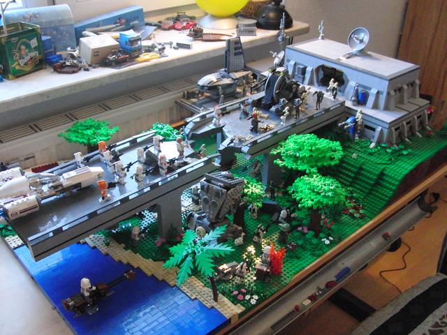Lego star wars droid base on saleucami flickr photo sharing - Lego star wars base droide ...