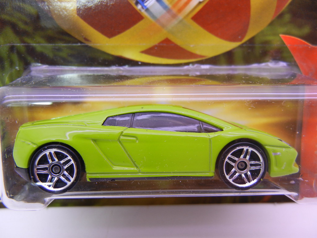 ... 2011 Hot Wheels Holiday Hot Rods Lamborghini Gallardo LP560 4 (2) | By