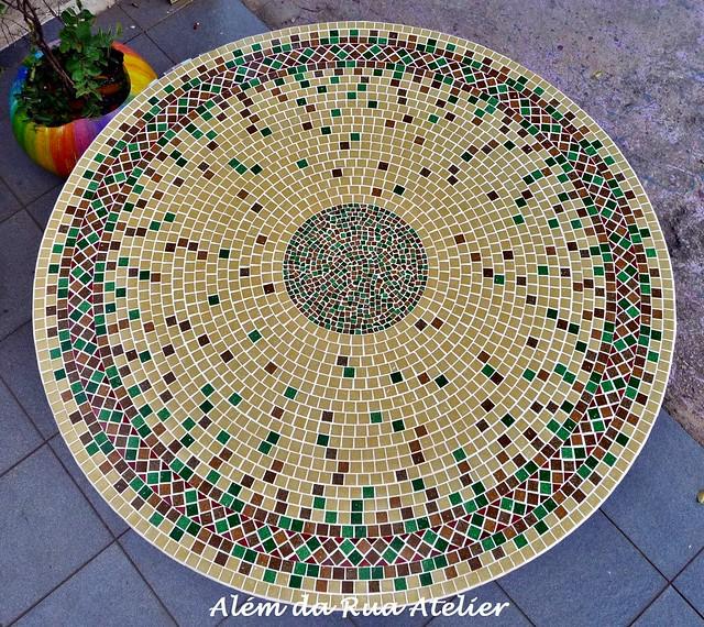 Tampo de mesa em mosaico flickr photo sharing for Mesas de mosaico