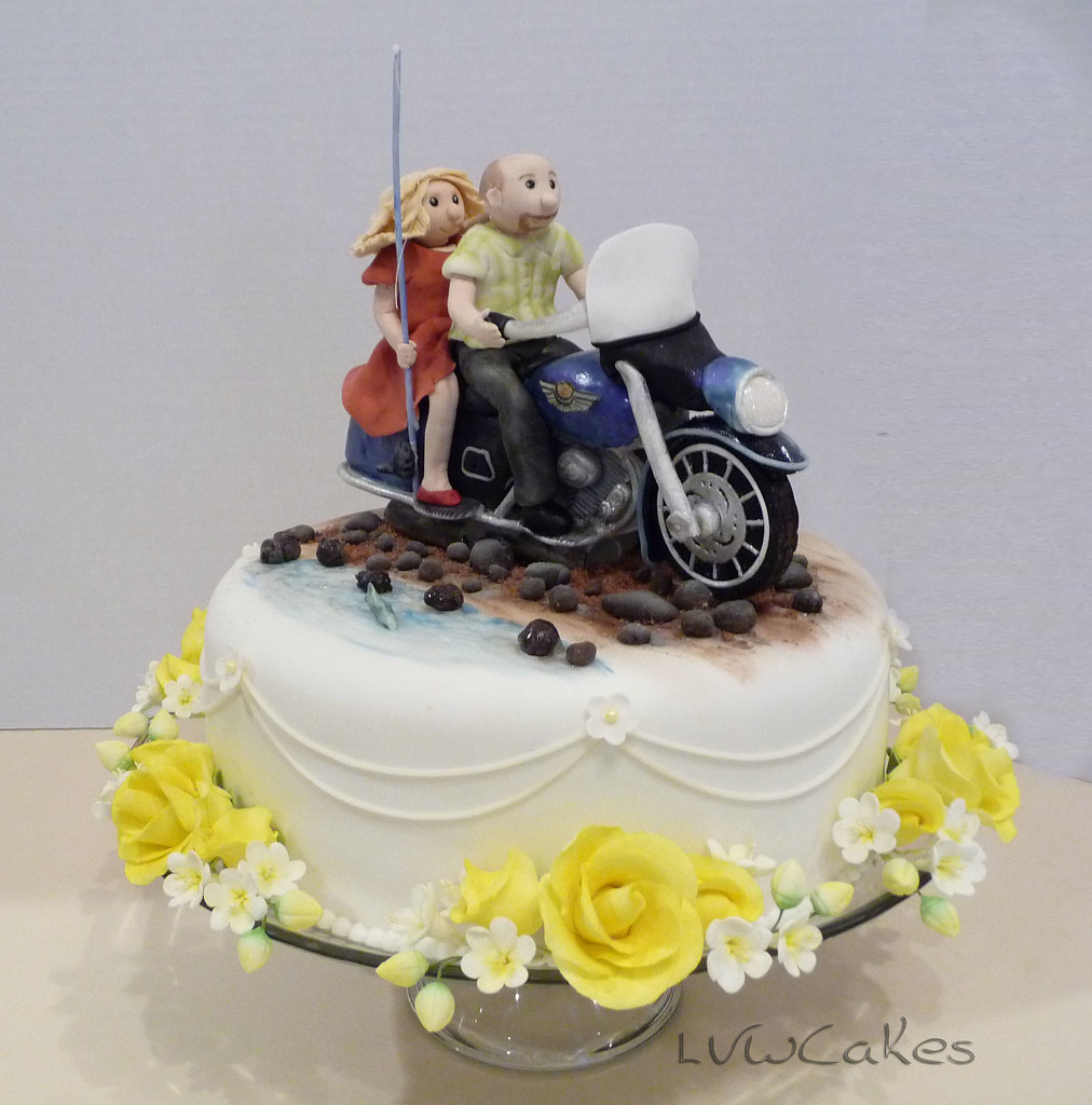 Harley Davidson wedding cake | Wedding cake featuring the br… | Flickr