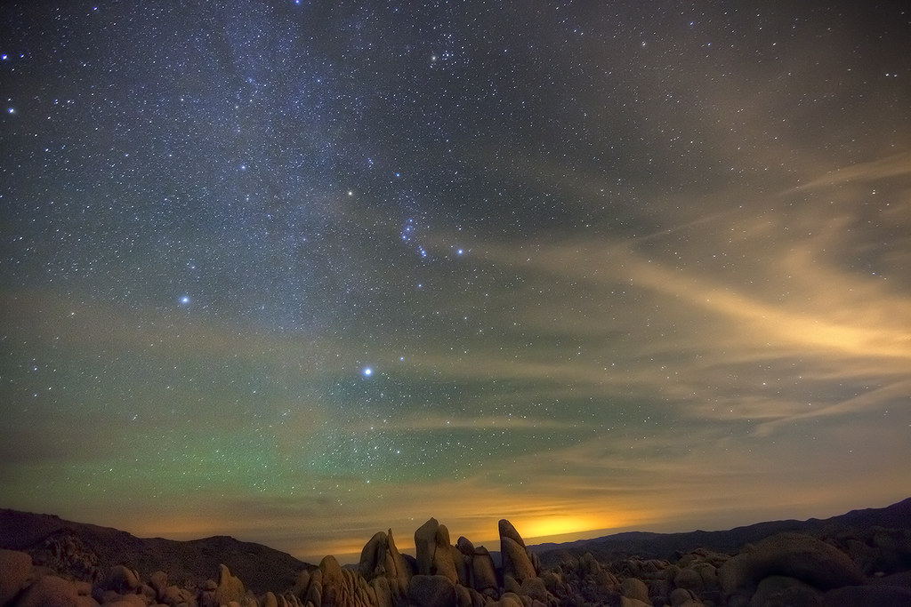 night sky in the desert   Eric Lo   Flickr