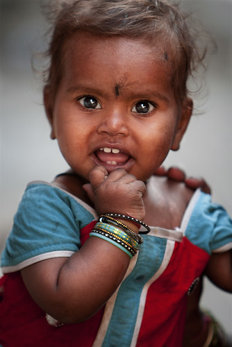 Indian baby   Hello I saw this baby with her mother and ...