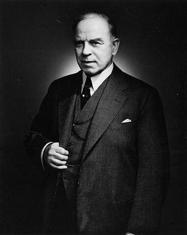 a biography of william lyon mackenzie king the greatest prime minister of canada The greatest prime minister of canada was mackenzie king our 10thprime minister of canada and by far one of our greatest william lyon mackenzie king accomplished a lot in his twenty-0ne years of ministering our country canada.