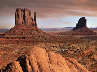 The famous mesas of Monument Valley, Utah. | by Onevote2
