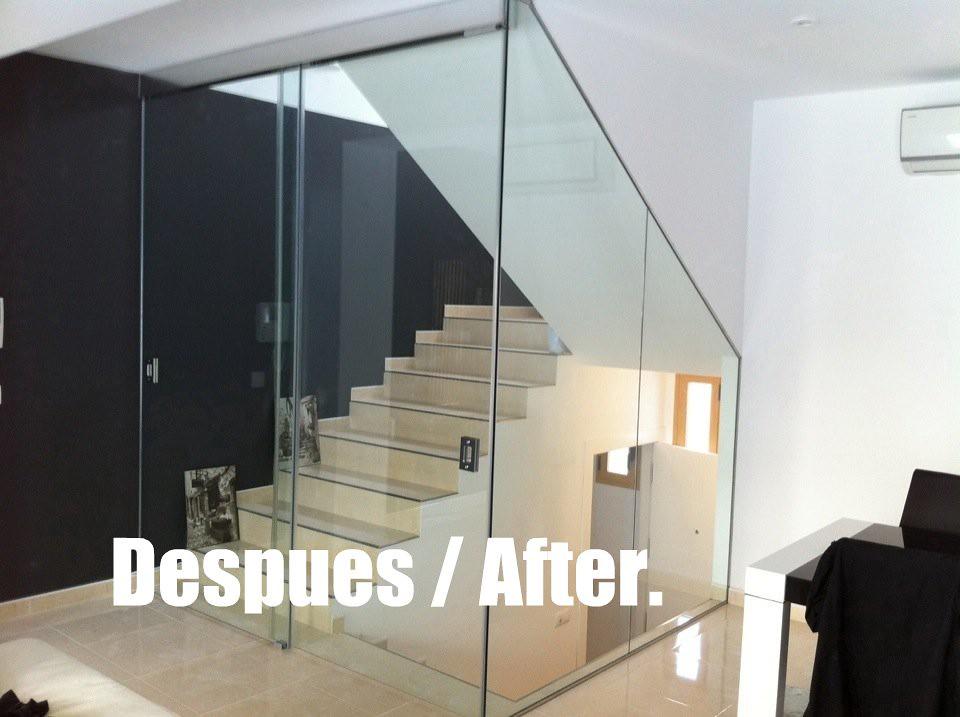 Cerramiento con puertas correderas de cristal for Cerramientos de interiores