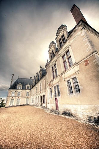 Beauregard Castle side view | by The Other Martin Tenbones