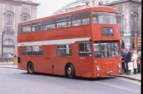 Brakell Omnibus Sales .Cheam, Surrey .  DMS1256 JGU256K . Piccadilly Circus , London . 08th-May-1980 . | by AndrewHA's