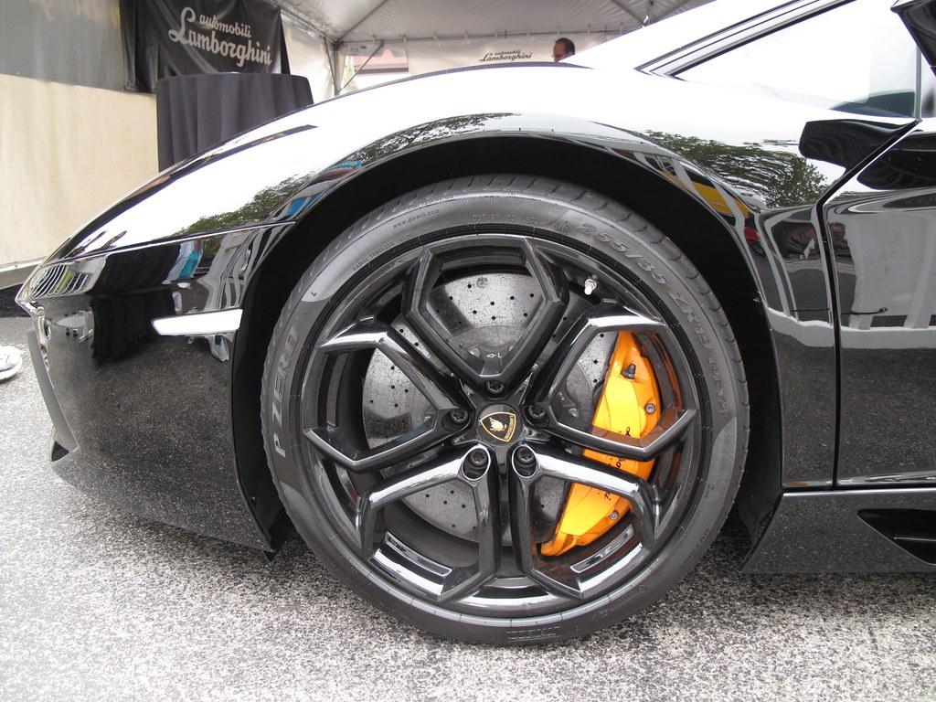 Carbon Ceramic Brakes Yellow Brake Calipers 255 35