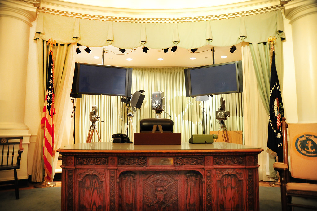 desk in the oval office. Plain Desk JFKu0027s Oval Office Desk  By Tomkellyphoto To In The