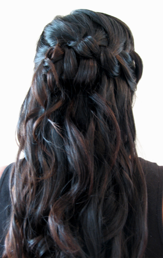 indian-hairstyle-wedding-half-updo-braid | Victoria | Flickr