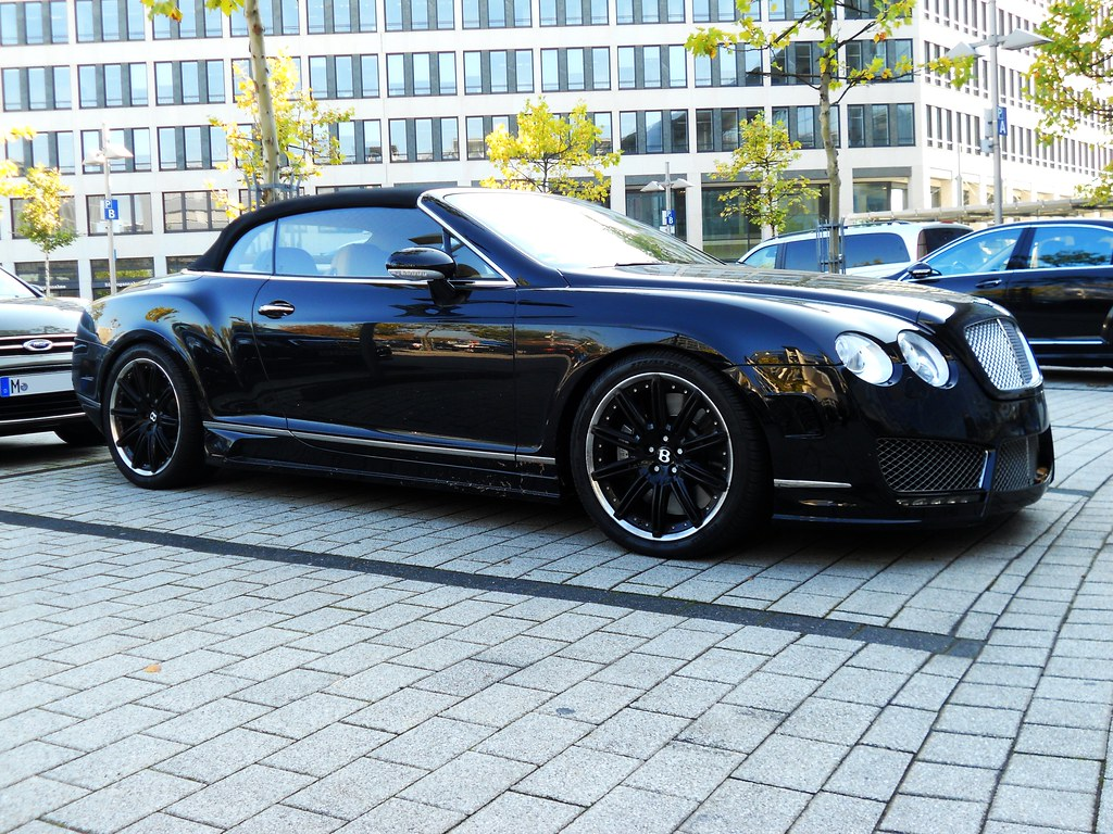 black bentley continental gt cabrio on black rims. Black Bedroom Furniture Sets. Home Design Ideas
