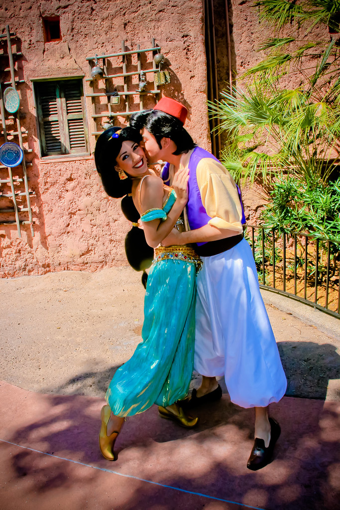 Aladdin and Jasmine | wdwpics.tumblr.com | abelle2 | Flickr